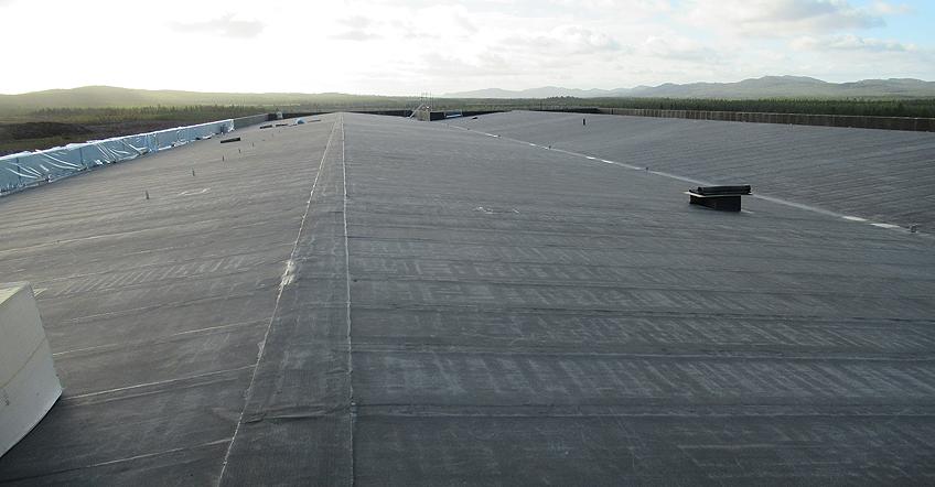 Hamn och flygplats byggs ut